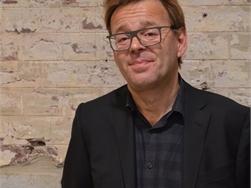 Vrijspraak voor kunstenaar Wim Delvoye wegens partijdigheid inspectiediensten